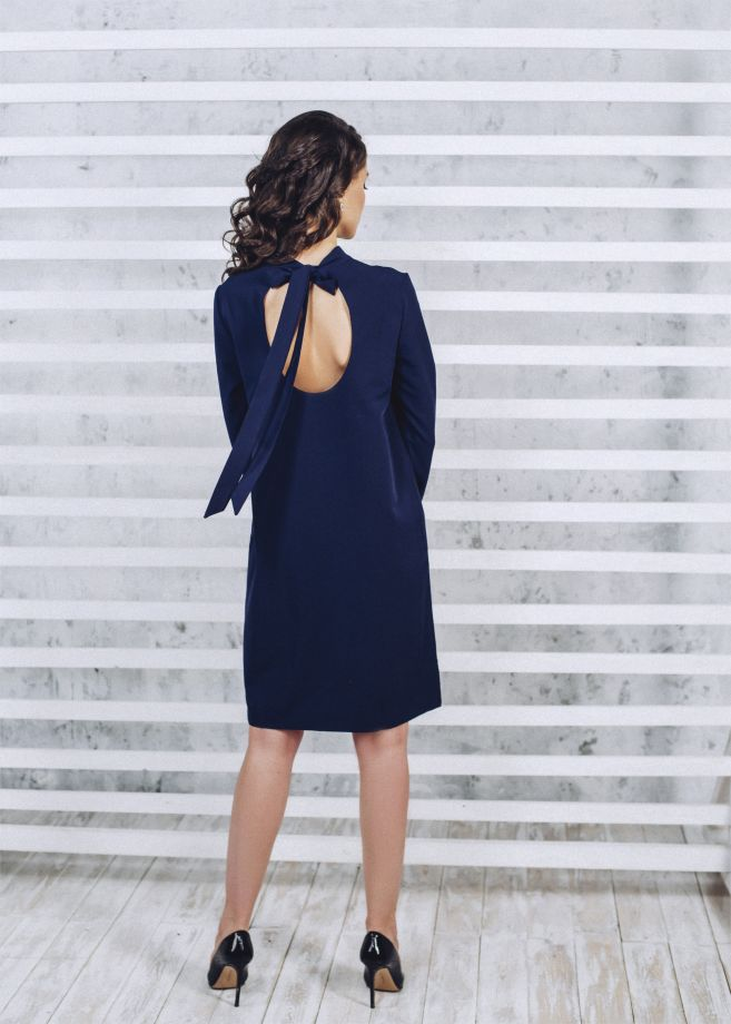 1022. Платье