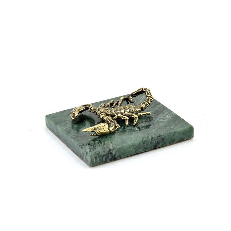 """Статуэтка """"Скорпион"""" на камне"""