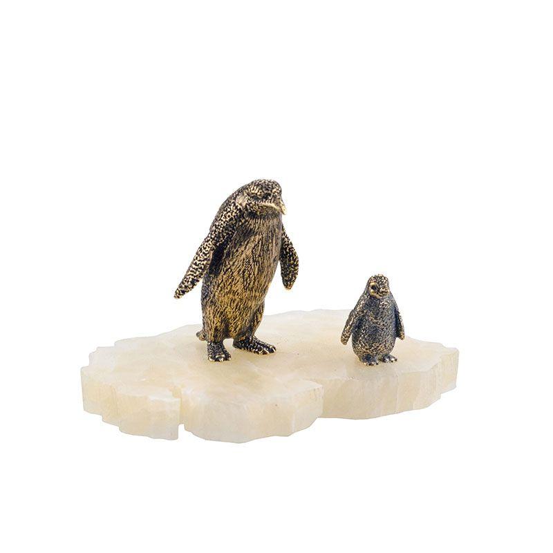 """Статуэтка """"Пингвин и пингвинёнок"""" на подставке"""
