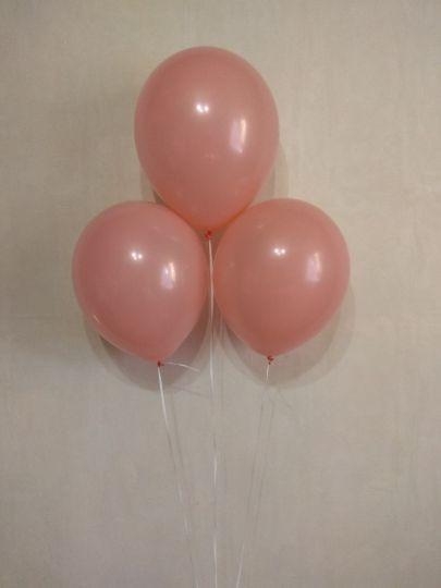 Персиковый шар с гелием