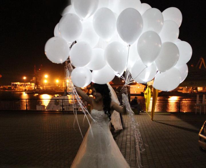 Светящиеся шары белые №2