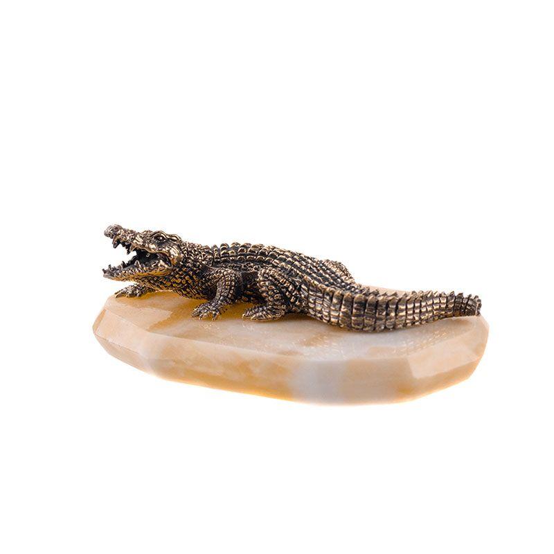 "Статуэтка ""Крокодил"" на камне"