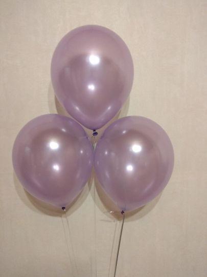 Светло-сиреневый (лиловый) металлик шар с гелием
