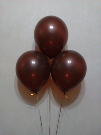 Шоколадный (коричневый) шар с гелием