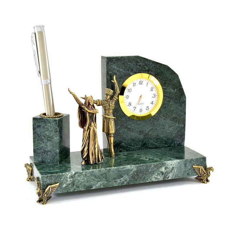 """Настольный набор с часами """"Горец и горянка"""""""