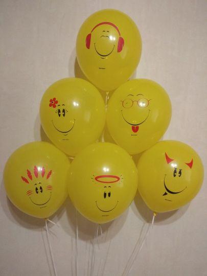 Разные Смайлы латексные шары с гелием