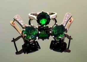 Комплект позолоченных украшений - серьги и кольцо с искусственными изумрудами (арт. 250149)