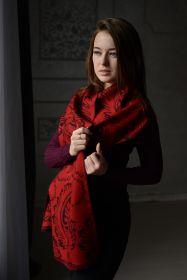 шотландский шарф 100% шерсть мериноса средней плотности ,  расцветка  Крупный Пэйсли -Алый и Темно-синий  , BOLD PAISLEY Navy and red.  плотность 5