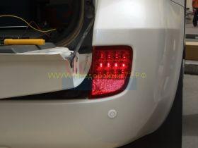 Задние противотуманные фары диодные (Красные Тип 2) для Toyota Land Cruiser 200