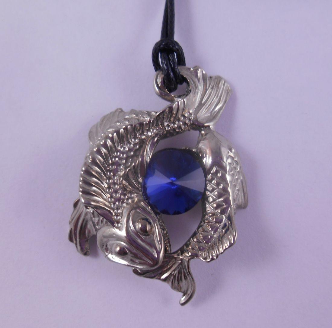 """Кулон   """"Рыбы"""" латунь и покрытие под серебро (синий фианит)"""