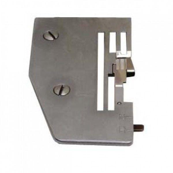 Игольная пластина Merrylock 740DS 005 007 Juki MO50E + палец + винт B10301004 + B10311004 + M02L03B03