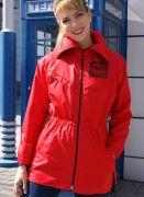 красная женская ветровка
