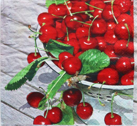 Салфетка бумажная 30*30 Урожай вишни