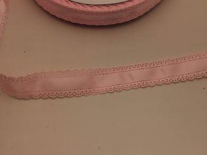 """Лента атласная """"вырубка"""", ширина 30 мм , длина 10 метров, цвет: светло-розовый"""
