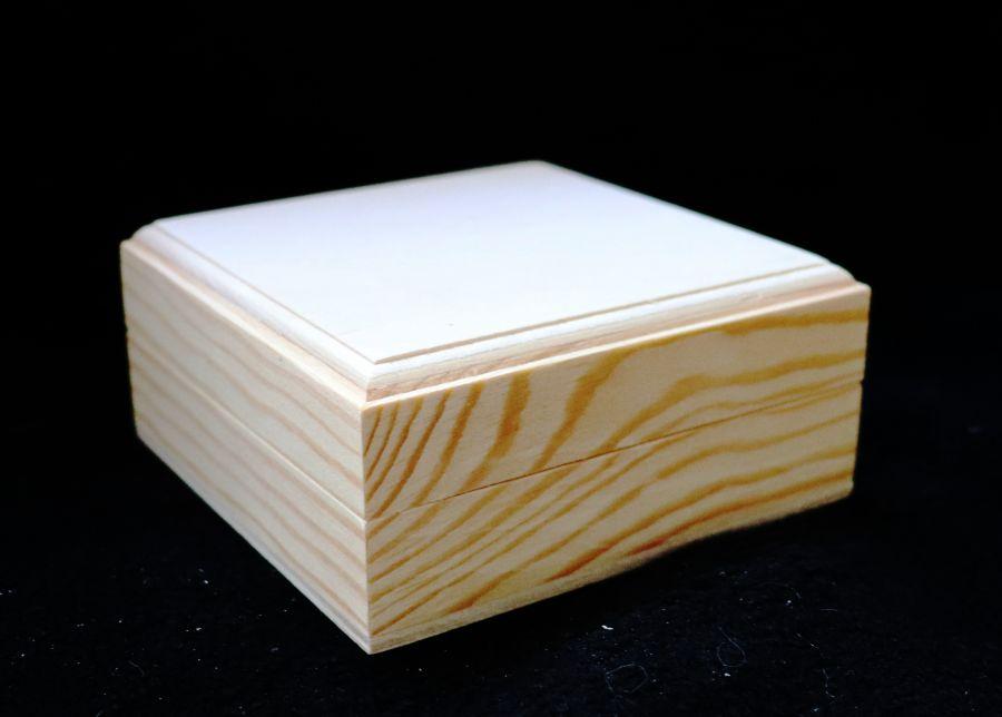 Шкатулка квадратная массив-фанера, 10*10*4 см