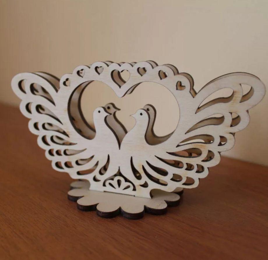 Салфетница с голубями