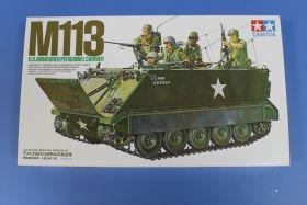 Амер. БТР  M113 A.P.C.(Вьетнам) с внутр. интерьером , 5 фигур.