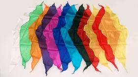 """Шёлковый платок (ромб) 24"""" 60 см (цвета в ассортименте) by Gosh"""