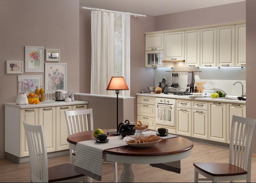 Кухня Атланта с крашенными фасадами (эмаль Сливки с патиной серебро)