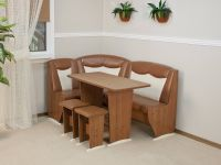 Столы для кухонных уголков