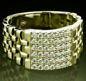 Позолоченное кольцо-печатка с цирконами (арт. 880208)