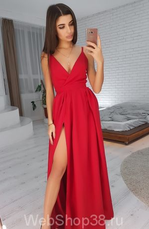 Красное вечернее платье в пол с разрезом