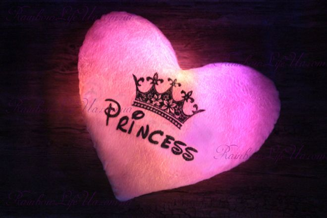 "Подушка сердце светящаяся ""Принцесса"""