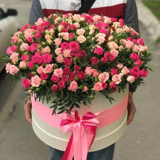 """Букет из кустовых роз в шляпной коробке """"Розовое очарование"""""""