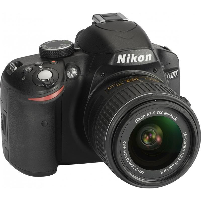 Nikon D3200 Kit 18-55MM III