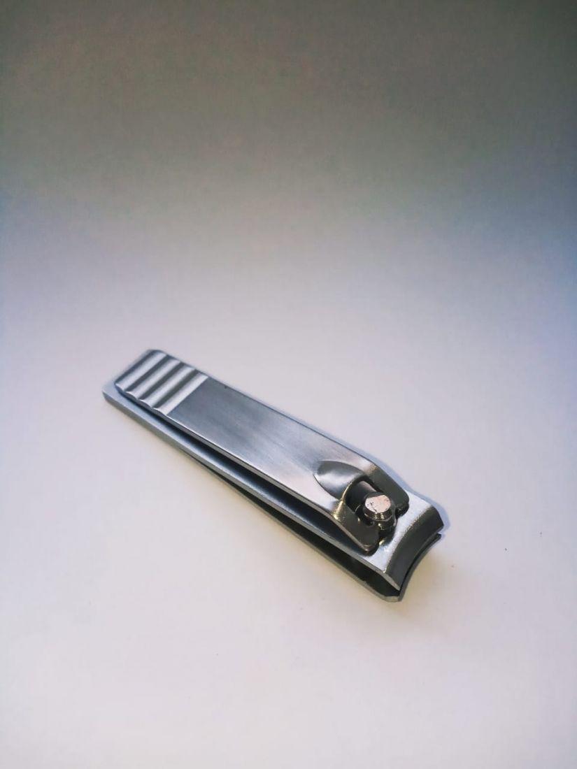 Книпсер металлический хромированный изогнутый (5,6см) №4011