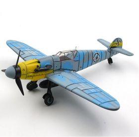 Цветная сборная модель Мессершмитт Bf 109 1:48 Морская раскраска