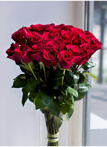 Букет из красных роз Ред Наоми(РОССИЯ) 70см