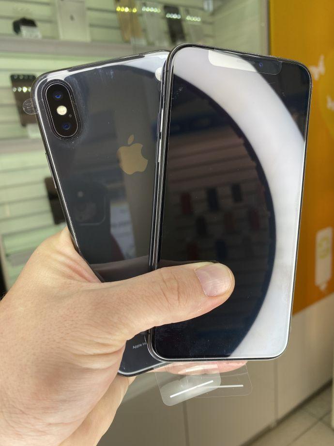iPhone X 64 ГБ новый, без комплекта