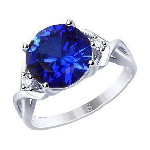 Кольцо из серебра с синим корундом (синт.) и фианитами 88010053 SOKOLOV