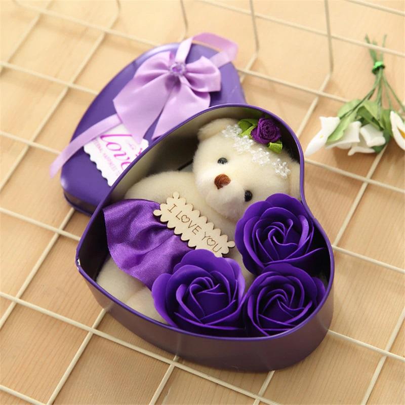 Мыльные розы 3 шт в коробке с мишкой (цвет фиолетовый)