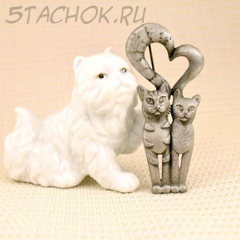 """Брошь """"Влюбленная парочка котеек"""" (AJC США)"""