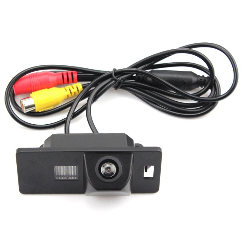 Камера заднего вида Volkswagen Tiguan (2011-2020)