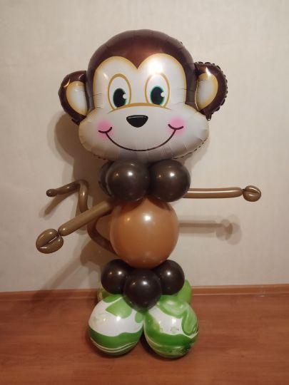 Обезьянка фигура из шаров