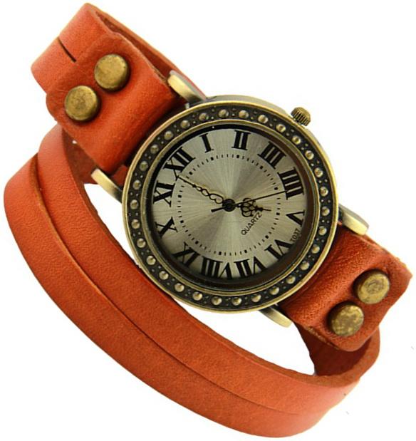 Часы на браслете в два оборота