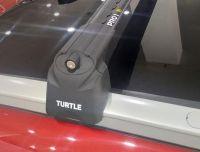 Багажник на крышу Mitsubishi Outlander 3, Turtle Air 2, аэродинамические дуги на интегрированные рейлинги (черный цвет)