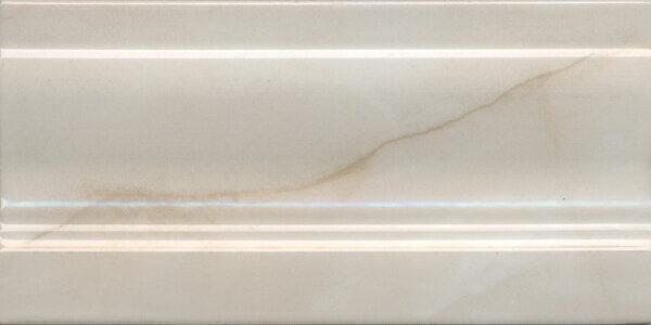 FMD021 | Плинтус Стеллине беж светлый