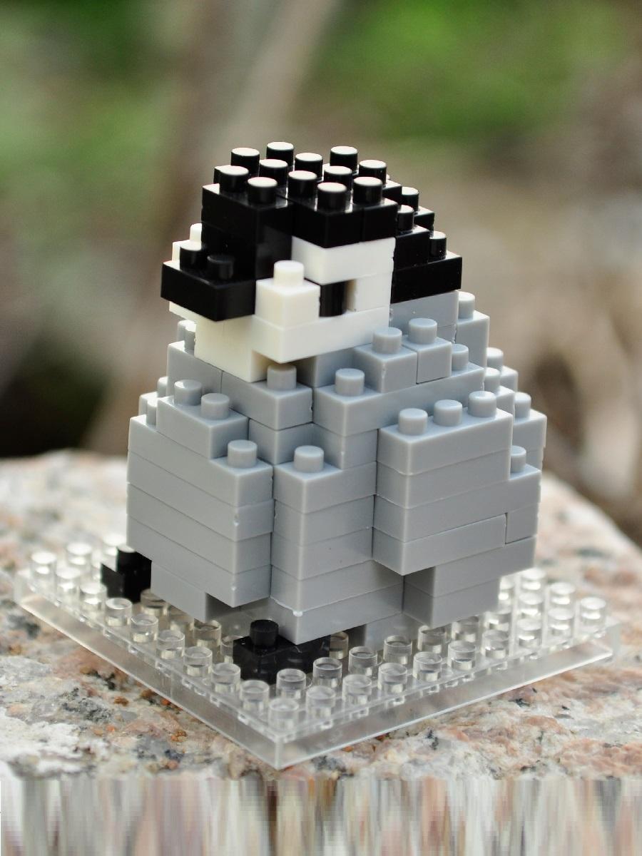 Конструктор Wisehawk & LNO Малыш пингвин 85 деталей NO. A6 Baby Penguin Gift Series