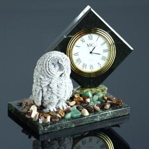 """Часы """"Сова"""", змеевик, мрамолит 4260170"""