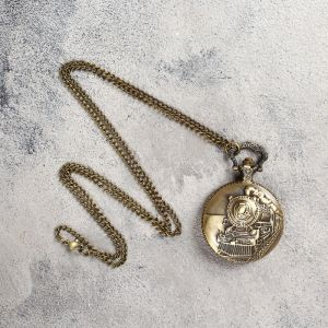 Карманные кварцевые часы «Паровоз», на цепочке 80 см