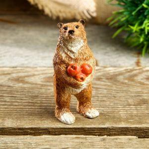 """Сувенир полистоун миниатюра """"Мишка с яблоками"""" 7х3,5х3 см   4128499"""