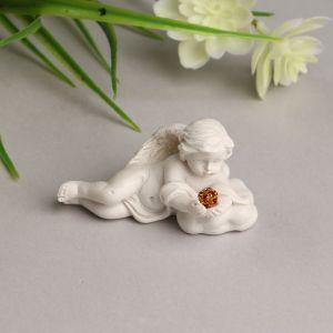 """Сувенир полистоун """"Белоснежный ангел на облаке с красным кристаллом"""" 3,3х6х3 см   4053263"""