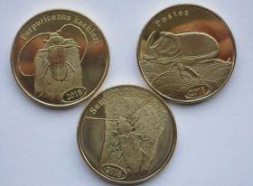 Жуки Набор монет Суматра 500 рупий 2018 (3 монеты )2 серия
