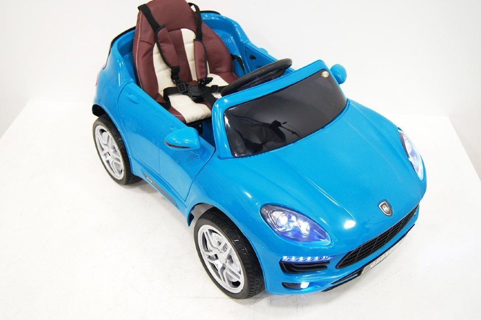 RiverToys Автомобиль Porsche Macan O005OO VIP