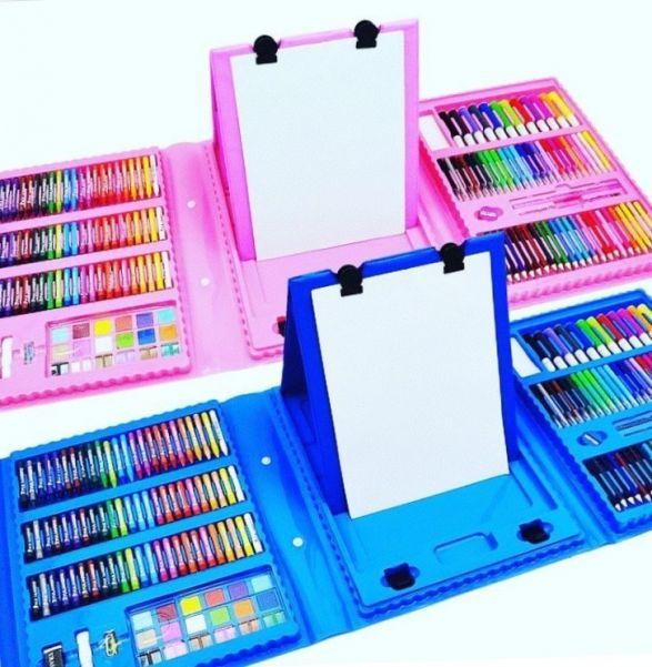 Набор для рисования со складным мольбертом в чемоданчике Super Mega Art Set, 208 предметов