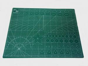 Коврик для резки, мат непрорезаемый, цвет зеленый размер A2 60*45 см, толщина 3 мм (1уп = 3 шт)